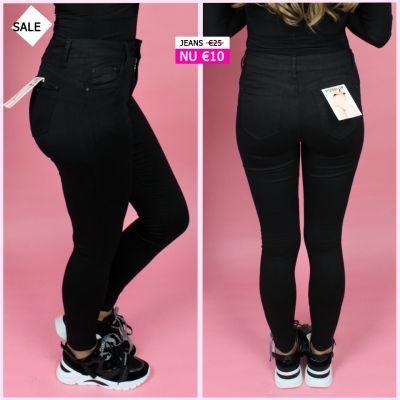 PRE ORDER Musthave Black Push Up Jeans WORD 02-06 VERZONDEN