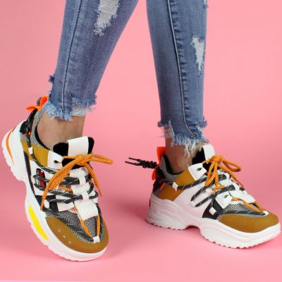 All over Laces Sneakers H66 CAMEL